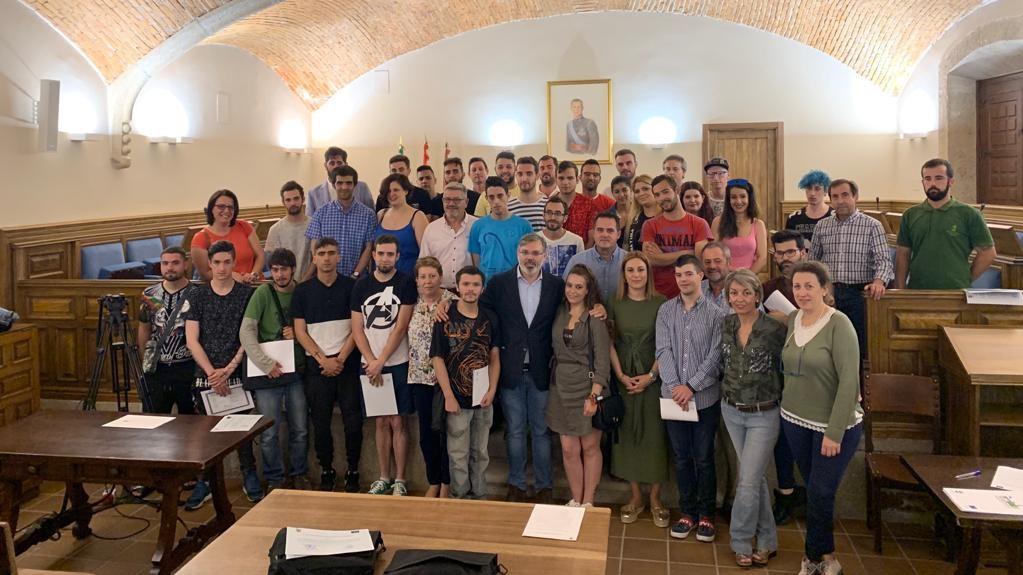 """Concluye con éxito de inserción el proyecto """"Plasencia Juvenil"""", subvencionado por el Fondo Social Europeo"""