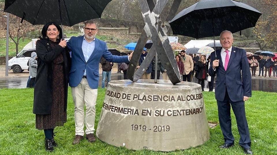 Concluye la construcción de la nueva glorieta sufragada con los fondos europeos FEDER-DUSI