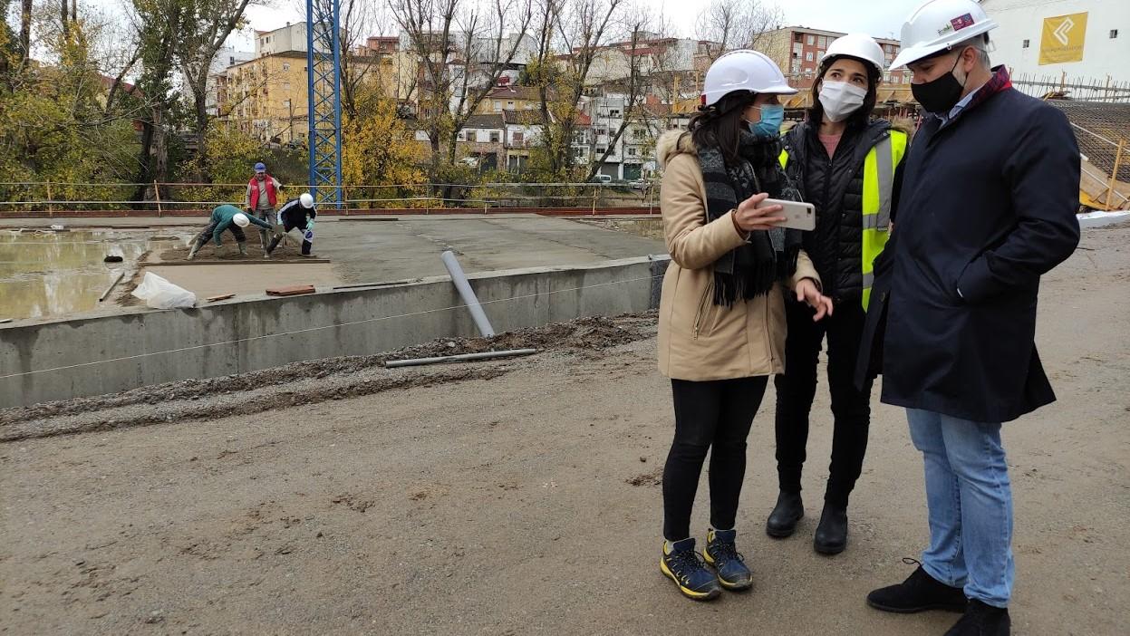 Plasencia contará en primavera con 120 nuevas plazas de aparcamiento gratuito con cargo al FEDER-DUSI